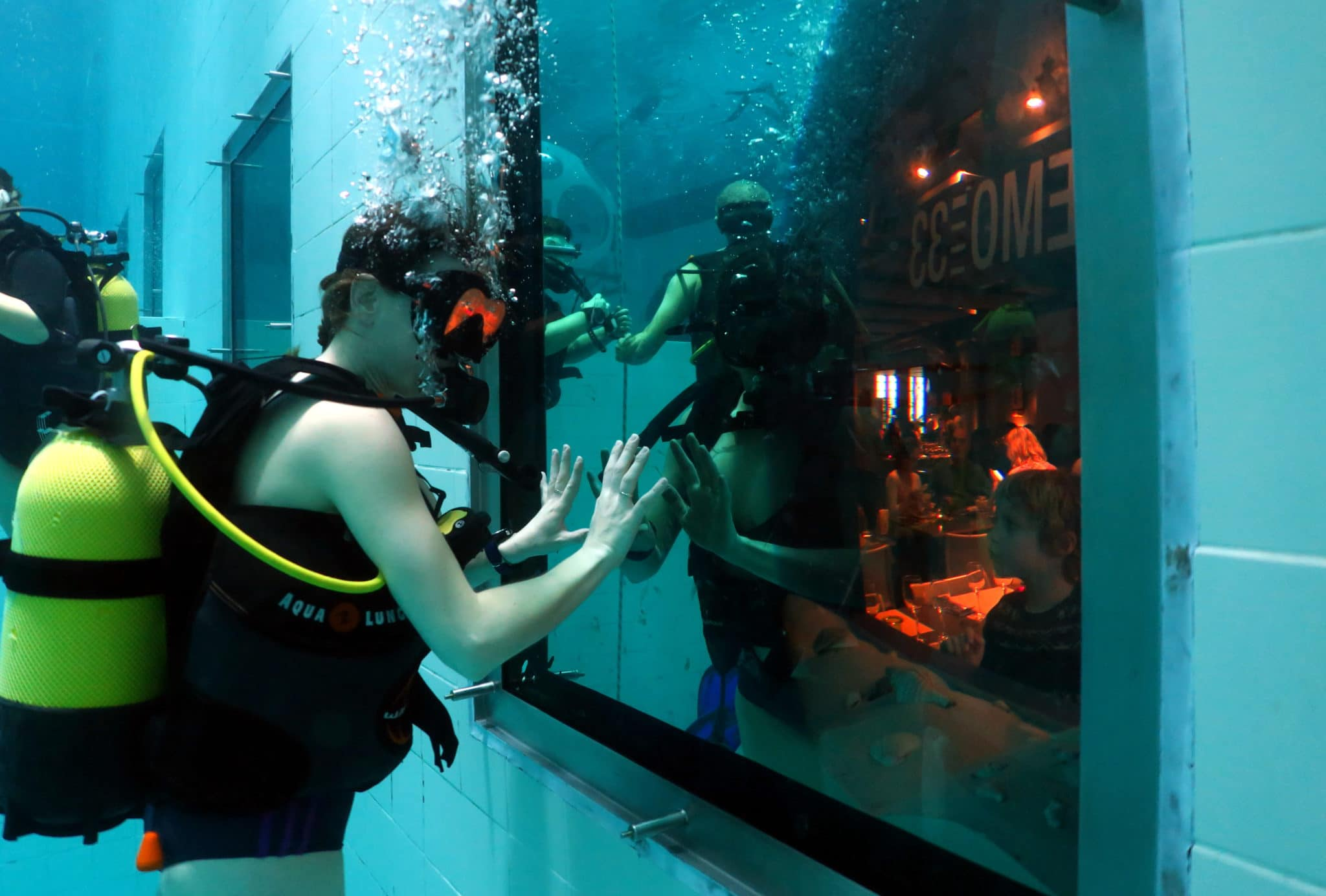 Scuba Diving In A Pool The Nemo 33 Experience In Brussels Belgium