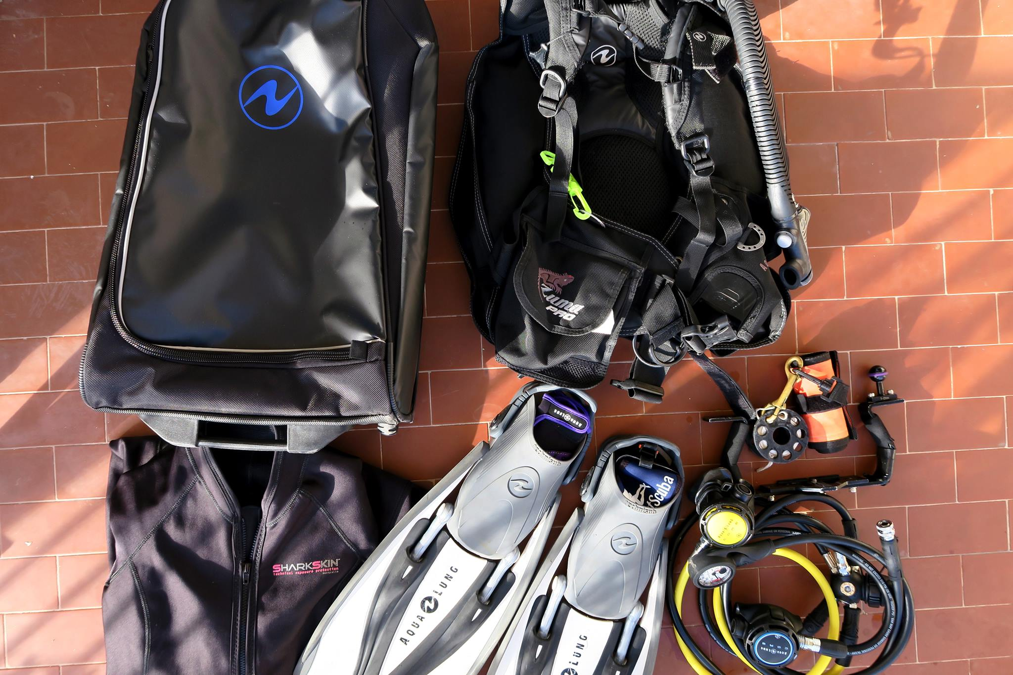 How To Pack Scuba Diving Gear In A Cabin Carry On Luggage